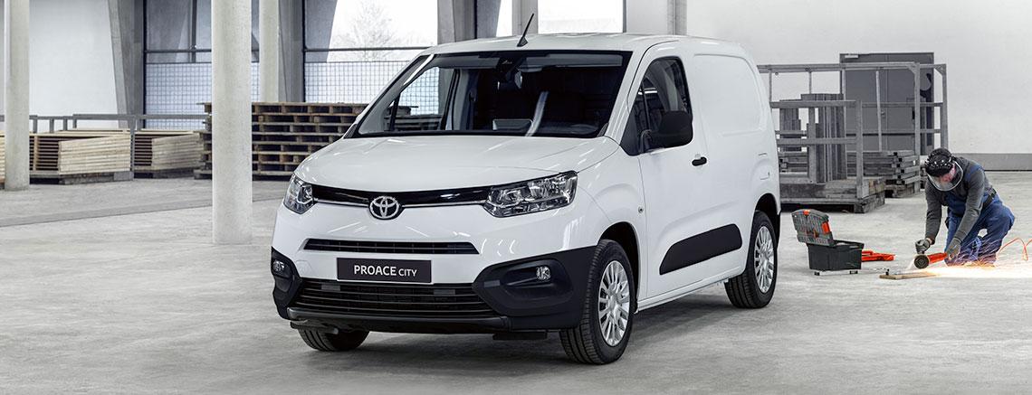 Toyota Proace esterni
